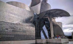 Lucio Fontana illuminerà il Guggenheim di Bilbao
