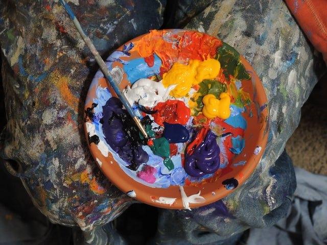 Lavazza celebra le donne con le opere dell'artista Saddo